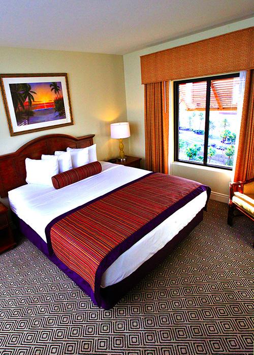 2 Bedroom Suites In Las Vegas - Royal Tahitian