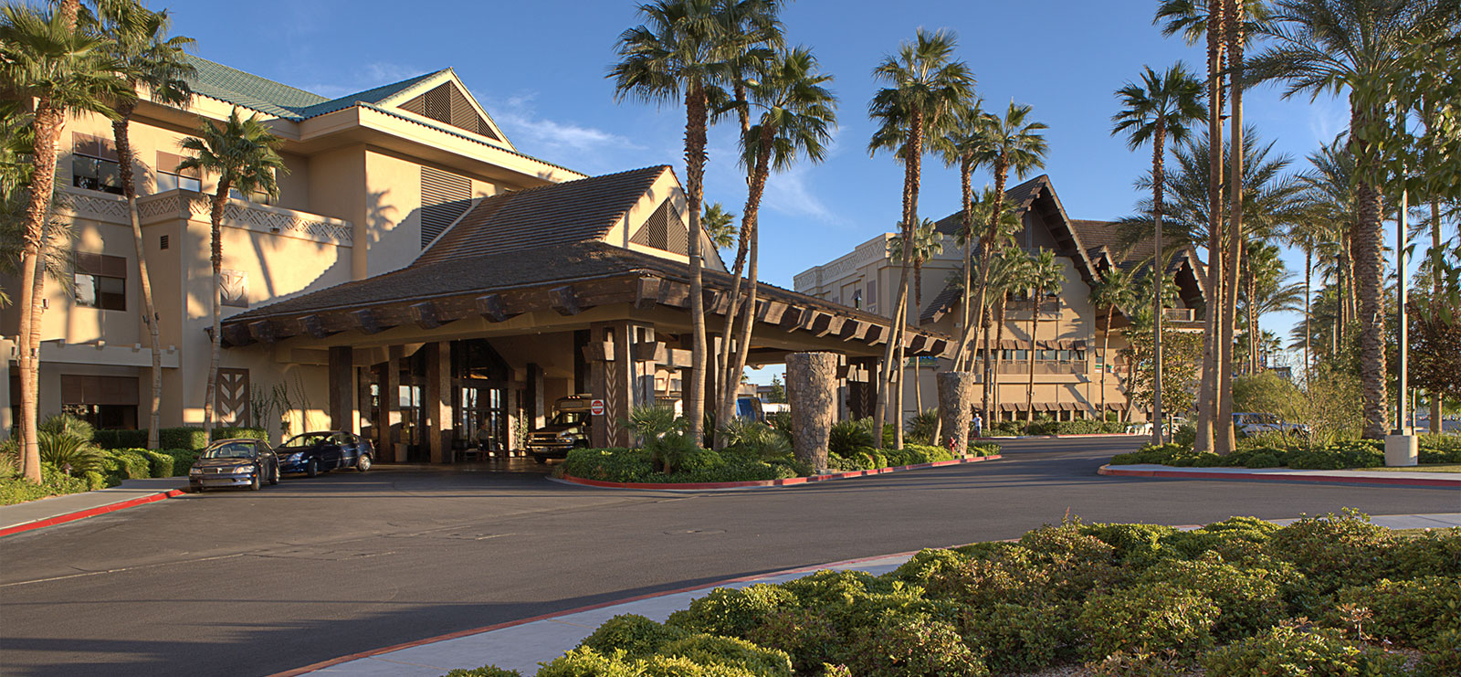 Family Friendly Las Vegas Resort Amp Hotel Tahiti Village