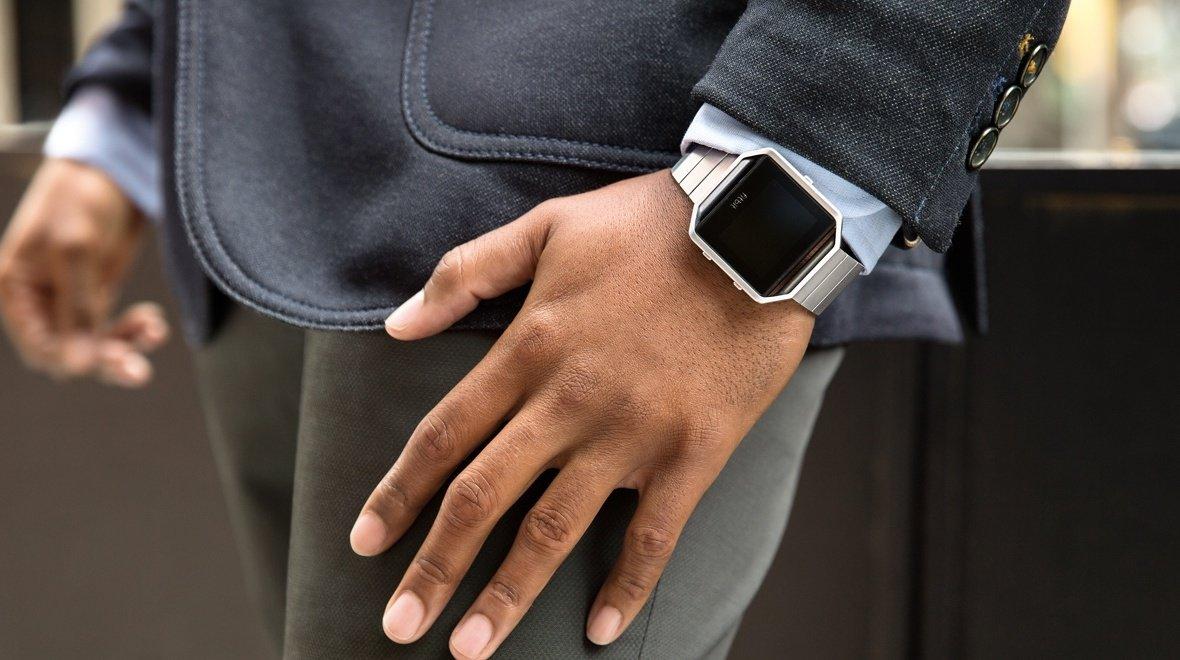 Fitbit-Blaze-Debuts-At-CES-2016