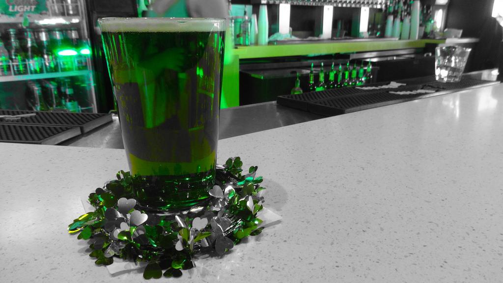 green-beer-for-st-patricks-day-in-Vegas