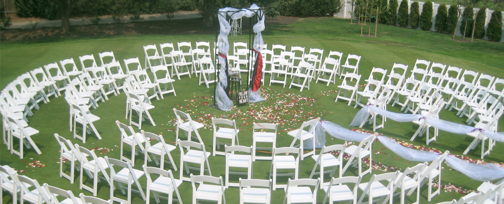 Circular setup for a wedding ceremony.